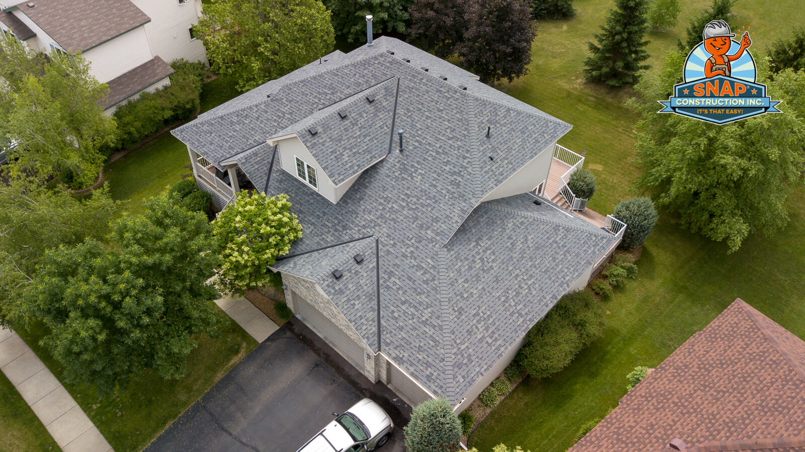 Roof leak repair contractor