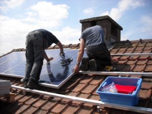 5 Signs You Need A Roofing Contractor